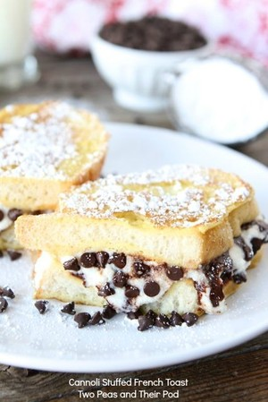Cannoli Stuffed French Toast | Jodypad | Copy Me That