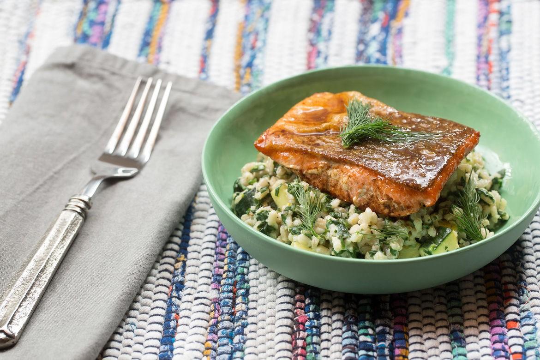 Blue apron salmon - Lemon Butter Salmon W Creamy Barley Zucchini Salad Blue Apron Mail4lara Copy Me That