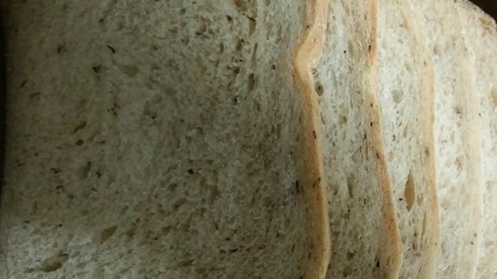 Super Easy Rosemary Bread Machine Bread Chris Delashmutt Copy Me That