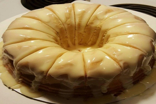 Lemon Pound Cake With Buttermilk And Sour Cream