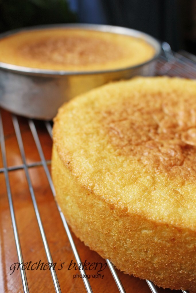 How To Hand Whisk Sponge Cake