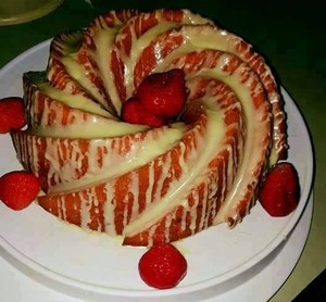 Strawberry Lemonade Box Cake Recipe
