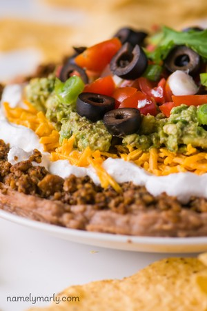 7 layer taco layer dip with meat ground beef mexican easy